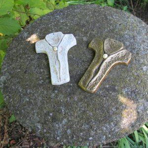 Erinnerungsurnen Kreuz